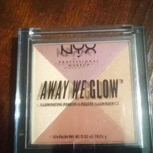 NYX Away We Glow Illuminating Powder#05SunsetBlvd